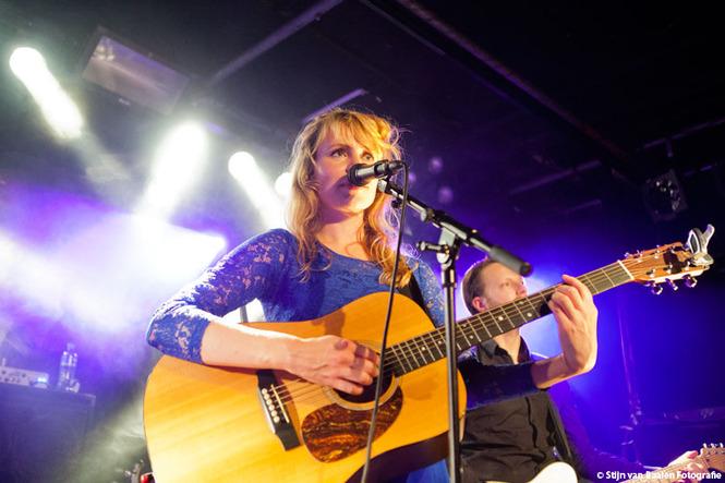 Janne Schra  op 27 september 2013 door Stijn van Baalen