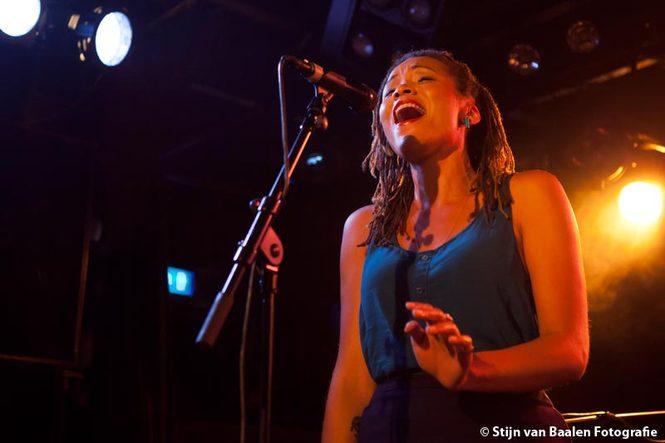 Nick Waterhouse  op 22 augustus 2014 door Stijn van Baalen